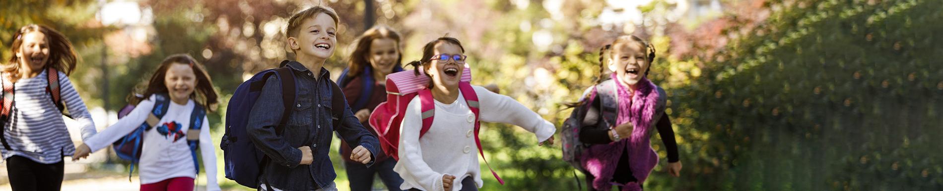 https://www.healthychildren.org/SiteCollectionImage-Homepage-Banners/BacktoSchoolBanner_es.jpg