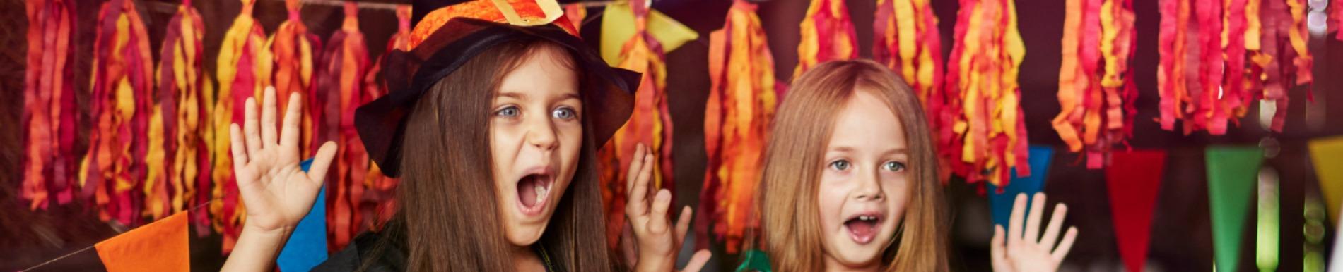 https://www.healthychildren.org/SiteCollectionImage-Homepage-Banners/HalloweenScare_Girls.jpg