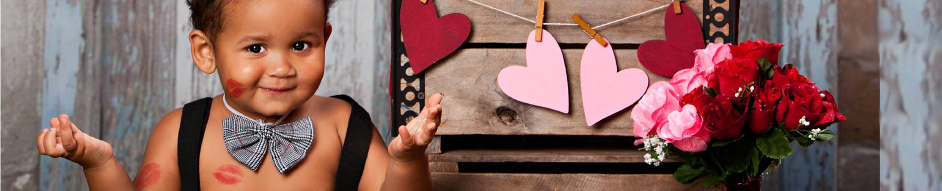 https://www.healthychildren.org/SiteCollectionImage-Homepage-Banners/Valentine_header_baby_kisses.jpg