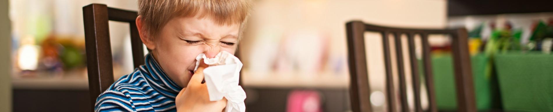 https://www.healthychildren.org/SiteCollectionImage-Homepage-Banners/boy_table_sneeze_banner.jpg