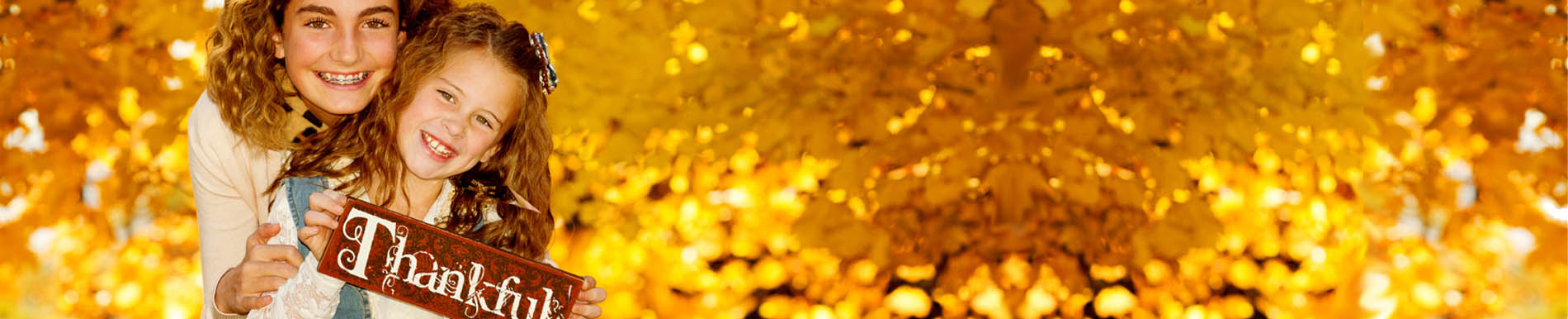 https://www.healthychildren.org/SiteCollectionImage-Homepage-Banners/thankful_sign_girls_fall.jpg