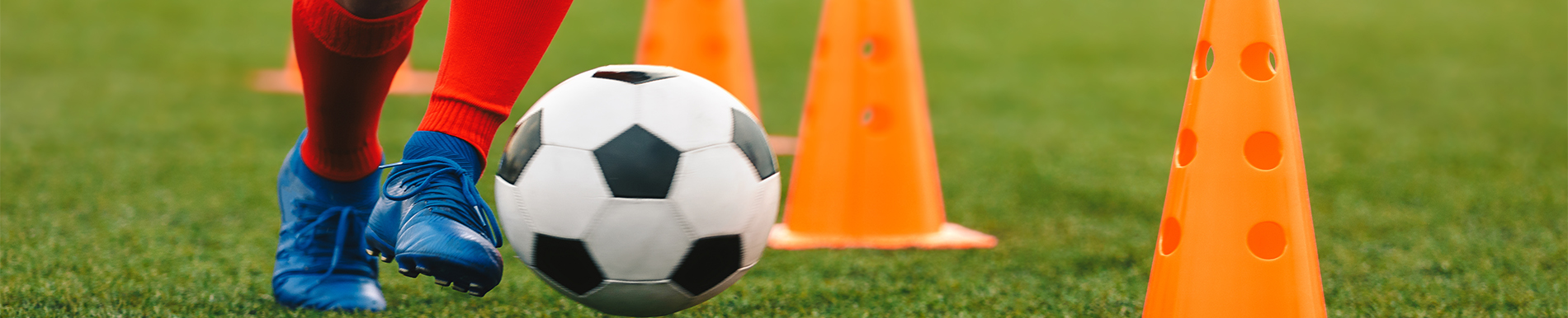 https://www.healthychildren.org/SiteCollectionImage-Homepage-Banners/youth-soccer-player-dribbling-drill-feet.jpg?csf=1&e=dcm29o
