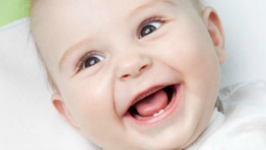 Baby's First Tooth: 7 Facts Parents Should Know ...