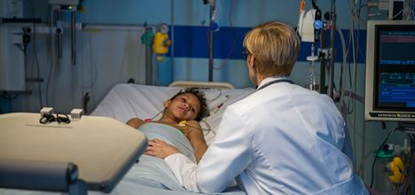 Managing a Child's Pain After Surgery: Parent FAQs
