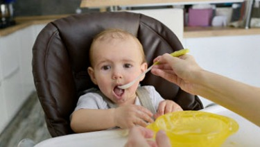 a6b4145a3f74 6 Quick High Chair Safety Tips - HealthyChildren.org