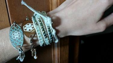 medical alert bracelets - college