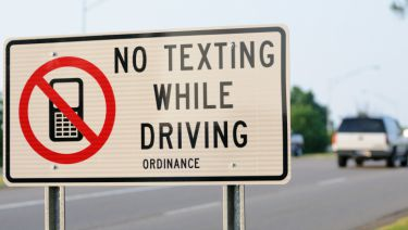 dont text and drive facts